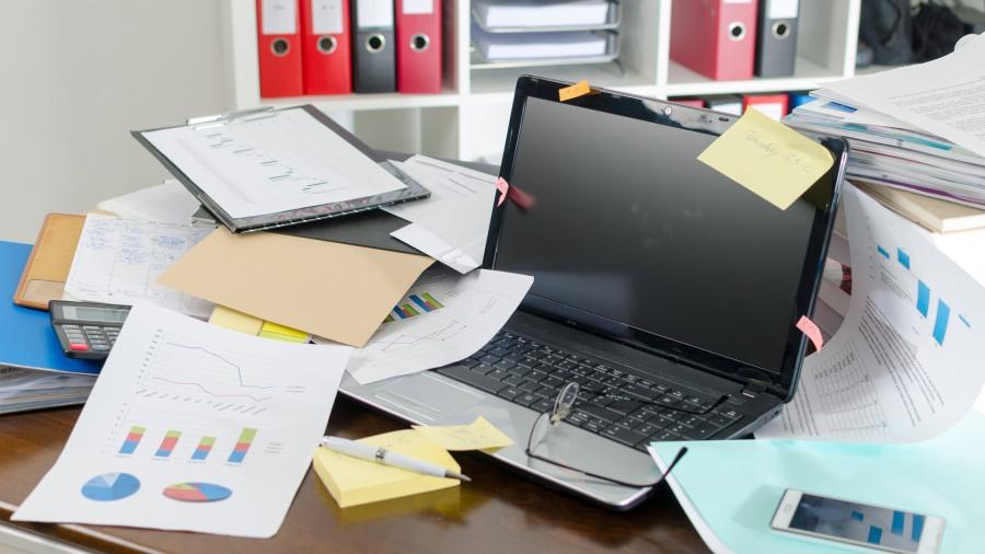 escritorio-desordenado-oficina-3